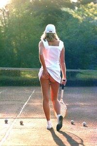 TennisGirl_450x675